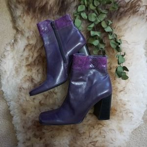 [Diba USA] block heel square toe ankle boots